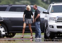 Step out in style like Taylor in Tod's sandals #DailyMail