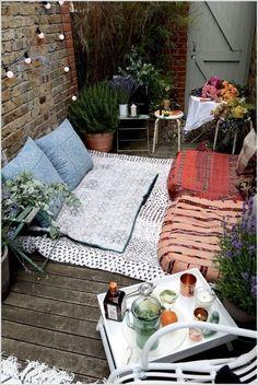 simple outdoor reading nook
