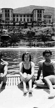 فريد الاطرش وأسمهان في فندق الملك داوود في القدس في ثلاثينيات القرن الماضي