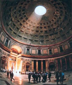 oculus of the pantheon in Rome