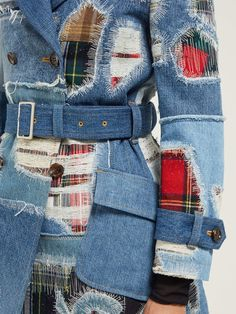 The actual Fall/Winter manner provided at Rome Manner Week had a rear hold to Denim Coat, Distressed Denim, Patched Denim, Estilo Indie, Mode Jeans, Denim Ideas, Patchwork Jeans, Fashion Illustrations, Quilts