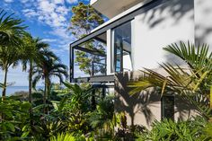 Photo 10 of 23 in Joya Villas by Dwell from Slip Away to These Sleek New Villas in a Costa Rican Forest - Dwell Tropical Architecture, Architecture Design, Villa Design, House Design, Villas, Santa Teresa Costa Rica, Timber Staircase, Metal Siding, Languedoc Roussillon