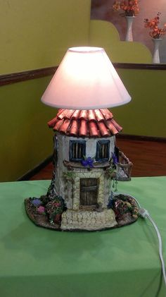 1 million+ Stunning Free Images to Use Anywhere Clay Houses, Ceramic Houses, Polymer Clay Projects, Diy Clay, Bottle Art, Bottle Crafts, Ceramic Lantern, Pottery Houses, Ideias Diy