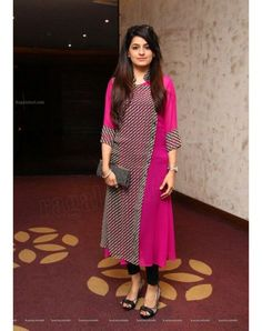 Girls Hairstyles Pakistan Kurta Designs Clothes For Women Salwar Pattern, Kurta Patterns, Dress Patterns, Salwar Designs, Blouse Designs, Pakistani Dresses, Indian Dresses, Indian Outfits, Indian Attire