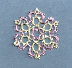 Tatting Fool Alladin from Jon Yusoff's first book of snowflakes, Tatted Snowflakes Collection