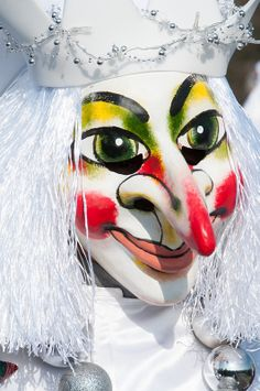 Basler Fasnacht_2014_ Dr Mäntig-226 Portraits, Halloween Face Makeup, Switzerland, Europe, Ceramics, Beautiful, Big, Basel, Carnival