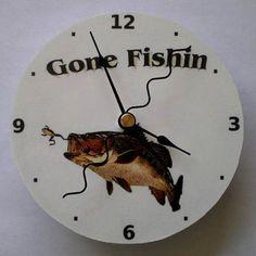 Cd-Clock-Gone-Fishin-Handmade-Compact-Disc-Clock-for-Desk-or-Wall