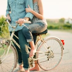 A classic southern engagement session complete with a vintage bike and dirt roads (Photos by Chris Isham)