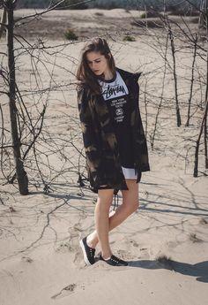 http://supersklep.pl/i200412-kurtka-backyard-cartel-parka-long-leaves-black-gold http://supersklep.pl/i199769-sukienka-stussy-half-tour-dress-wmn-black http://supersklep.pl/i199463-buty-vans-authentic-gore-studs-black