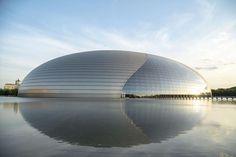 Histoires d'œufs. Architecture : à la recherche de l'ellipse parfaite | Courrier international