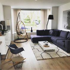 Wow! Wat een mooie 'paarse' woonkamer, onze complimenten! l Link in bio l * * * * Credits: @stoerinhuis * * * * #thinkpositive #tbt #throwbackthursday #inspiratie #interieur #meubels #meubel #meubelonline #wonen #woonaccessoires #design #livingroom #interior #myhome2inspire #interior4you #instahome #woonkamer #wooninspiratie #homedeco #homedecoration #homedecor #furnnl #furniture #beautiful #homeandliving #lifestyle