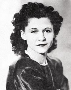 Claire Phillips a.a Clara Fuentes or High Pockets Claire Phillips (December 1908 – May also known as Clara Fuentes or High Pockets, was an Women In History, World History, World War Ii, Brave Women, Female Hero, Before Us, Second World, How To Run Longer, Change The World