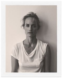 I've been bugging my newsagent for a copy of Holiday magazine, the South Korea issue-- Annemarieke van Drimmelen photographed Amber Valletta and the pictures are stunning.