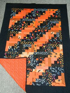 Halloween log cabin quilt by Nancy Trower