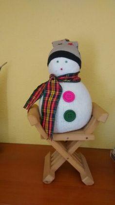 Manualidad de muñeco de nieve, hecho con calcetines