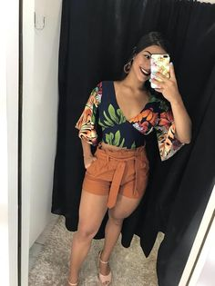 Chic Outfits, Summer Outfits, Fashion Outfits, Womens Fashion, Outfit Formal Mujer, Modelos Fashion, Looks Plus Size, Girls Selfies, Casual Looks