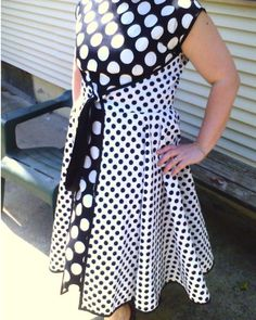 Butterick 4790 The two-tone effect rarely works. This is an extreme example