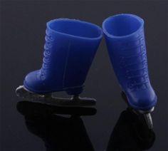 Remco Finger Dings -- Blue Ice Skates