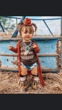 Western Baby Names, Western Baby Girls, Western Baby Clothes, Baby Kids Clothes, Cute Little Girls Outfits, Kids Outfits, Cowboy Girl Outfits, Cute Country Girl, Country Babies