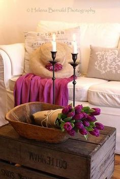I'd love this kind of look for one of the guest rooms/office - very cozy reading spot