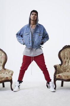 Fear of God Fall 2017 Menswear Collection - Vogue Oliver Sykes, Bape, Vogue Paris, Athleisure, Tenis Nmd, Yeezy, Boy Fashion, Mens Fashion, Street Fashion