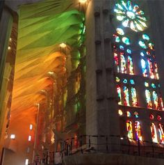 Efeito da luz na Sagrada Família - Barcelona