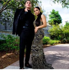 Fallow for More 👉 💋 Prom Photos, Prom Pictures, All Black Tuxedo, Prom Goals, Prom Photography, Cute Black Couples, Prom Couples, Prom Outfits, Black Prom