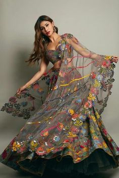 Mouni Roy is all in love with lehenga and we can clearly see it in her latest trends . Mouni and her obsession for Indian wear is apparently obvious now . Indian Bridal Outfits, Indian Bridal Fashion, Indian Designer Outfits, Designer Dresses, Designer Wear, Wedding Outfits, Wedding Wear, Bridal Dresses, Wedding Ceremony