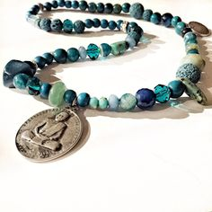 Petrol short necklace / Mechant Studio