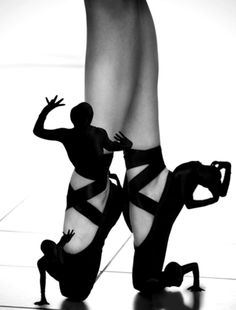 Extreme shoes - dramatic men....I THINK Carrie MIGHT give these a try...lol.