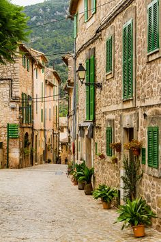 wanderlust decor Valdemossa, Mallorca / Spain (by monzaevo). Beautiful Places To Visit, Beautiful World, Places To Travel, Places To See, Travel Destinations, Travel Around The World, Around The Worlds, Spain Travel, Travel Europe