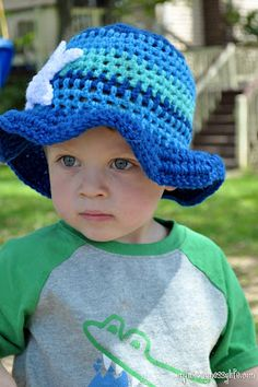 My Merry Messy Life: Double Crochet Ocean Sun Hat for Boys with Starfish