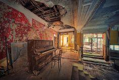 Les Magnifiques Photos de Bâtiments abandonnés de Mathias Hakker 13