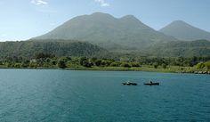 Guatemala - Pescadores mayas cerca de Santiago Atitlan / suchitoto.tours@gmail.com