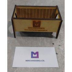 Porta tarjetas en mdf. Realizado con nuestras máquinas de corte láser. Medidas: 11cm x 65cm x 55cm  #diseño #wood #office #lasercut #merchandising #present by merchandisingycia