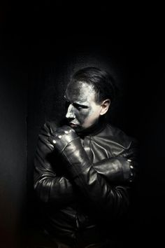 Image shared by TheMissMeow. Find images and videos about text and Marilyn Manson on We Heart It - the app to get lost in what you love. Brian Warner, Nu Metal, Heavy Metal, Into The Fire, Friday Feeling, The Villain, Johnny Depp, Music Bands, Rock Bands