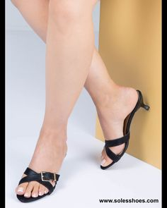 wowwww! #heelslover #sexyheels #shoeaholic #heel #highheels #luxuryshoes #highheelshoes #heelsaddict #shoes #shoeslovers #zapatos #shoeselfie #tacones #fashionshoes