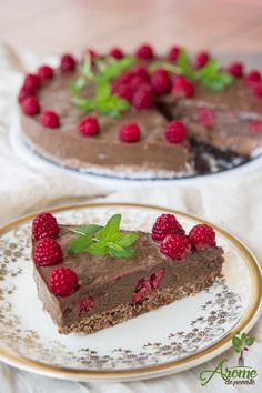 Cream of Tartar – the Secret to a Perfect Pavlova Cake Vegetarian Desserts, Raw Vegan Recipes, Paleo, Bolo Pavlova, Anna Pavlova, Vegan Cru, Mini Crab Cakes, Raw Cake, Cake Pictures