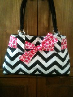 Handmade Chevron Purse with changeable by StEpPiNgOuTwithJules, $45.00