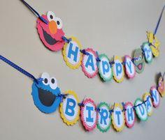 Planst Du eine Sesamstraßenparty? Diese süßen Sesamstrassen-Freunde kannst Du schnell nachmachen. Viel Spaß bei Deiner Sesamstraßenparty. Weitere schöne Ideen für Deinen Kindergeburtstag findest Du auf blog.balloonas.com #sesamstrasse #sesamestreet #elmo #kindergeburtstag #balloonas #balloonas4you