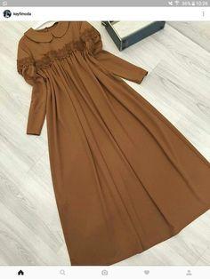 Abaya Fashion, Modest Fashion, Fashion Dresses, Hijab Style Dress, Hijab Outfit, Lovely Dresses, Stylish Dresses, Moslem Fashion, Mode Abaya