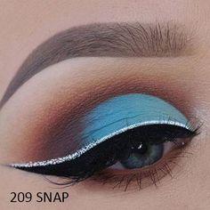 Blue Eye Makeup, Eye Makeup Tips, Smokey Eye Makeup, Beauty Makeup, Makeup Ideas, Smoky Eye, Makeup Tutorials, Blue Eye Shadow, Fall Makeup