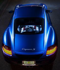 Porsche Cayman, Clear Engine Cover straight through the hatch Porsche Wheels, Porsche Autos, Porsche Sports Car, Porsche Boxster, Porsche Cars, Porsche Motorsport, Ford Mustang, Porsche Cayman 981, Porsche Sportwagen