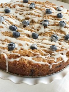 Blueberry streusel coffee is so fluffy, moist, buttery, and bursting with fresh berries and sweet streusel topping. Blueberry Streusel Muffins, Streusel Coffee Cake, Streusel Topping, Coffe Cake, Baking Recipes, Cake Recipes, Strudel Recipes, Dessert Recipes, Fruit Dessert