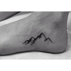 Ankle Tattoos - Top 200 knuckle trend art that is GEORGEOUS - Tattoo-Ideen - Minimalist Tattoo Small Tattoos Men, Simple Mens Tattoos, Ankle Tattoos For Men, Small Ankle Tattoos, Small Simple Tattoos, Small Shoulder Tattoos, Simple Tattoo Designs, Tattoo Diy, Get A Tattoo