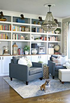 Library Is Complete! (for Real This Time) Thrifty Decor Chick: The Library Is Complete! (for Real This Time)Thrifty Decor Chick: The Library Is Complete! (for Real This Time) Formal Living Rooms, Home Living Room, Living Room Decor, Kitchen Living, Reading Room Decor, Reading Den, Reading Chairs, Bookshelves Built In, Library Shelves
