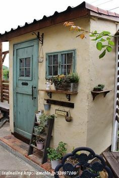 Would like to know about easy shed plans? Then this is without doubt the right place! Backyard Buildings, Backyard Sheds, Small Buildings, Shed Design, Garden Design, House Design, Mud House, Small Sheds, Outdoor Bathrooms