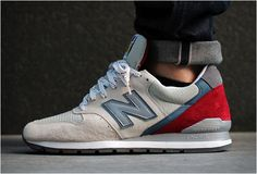 Cool colour combination, let's get them dirty New Balance 996 Made In Usa (Beige/ Red) New Balance 996, New Balance Trainers, New Balance Shoes, Nb Shoes, Me Too Shoes, Shoe Boots, Nike Outfits, Nb Sneakers, Zapatillas New Balance
