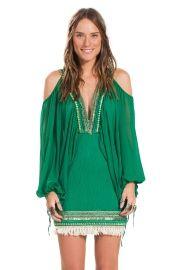 vestido decote franjas
