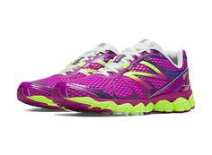 My fab new shoes!  The motivation behind the New Balance 880v4 women's running shoe is simple: engineer a durable, cushioned shoe that helps runners log more miles comfortably.